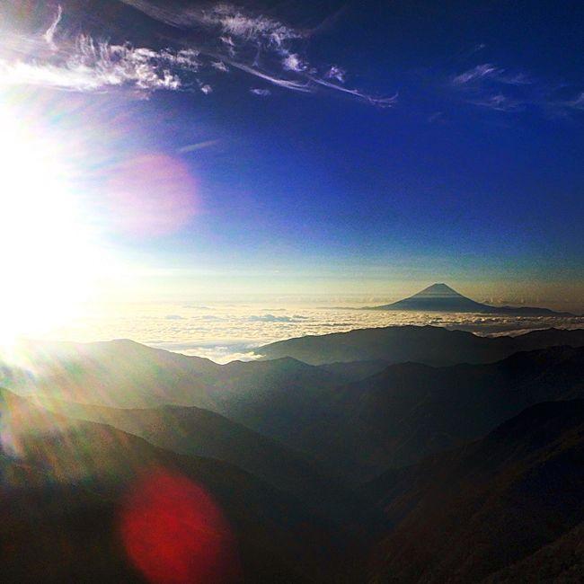 Mountain Beauty In Nature Nature Sky Like Love Morning Sky Sun Sunrise Fujimount Mountfuji Fuji 北岳 富士 富士山 Landscape_photography 登山 Japan Beautiful Photography Landscape