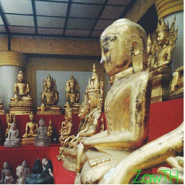 Morning igers. Buddha images from different era.(late 1200~1900CE) At Bargayar monastery. Mandalay Myanmar Burma Myanmarphotos Igersmyanmar Igersmandalay Vscomyanmar Buddhist Buddhism Bargayarmonastery Monastery Zawth Galaxy_grand2 Mobilephotography Made with @nocrop_rc Rcnocrop