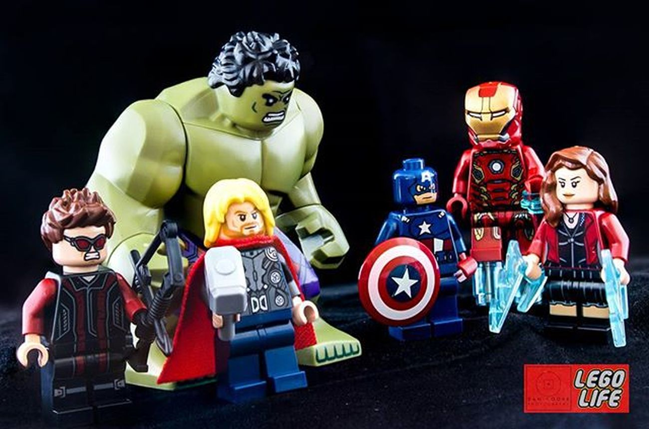 Gradually getting enough Avengers to do the Legophotography I have in mind... Hulk Ironman Hawkeye Captainamerica Thor  ScarletWitch Marveluniverse Marvel Marvelcomics LEGO Brick_vision Bricknetwork Brickfans Brickshift Toplegophoto Epiclegolover Toptoyphotos Legohub Photooftheday Legostagram Legominifigs Minifigures Legolife bestlegophoto afol