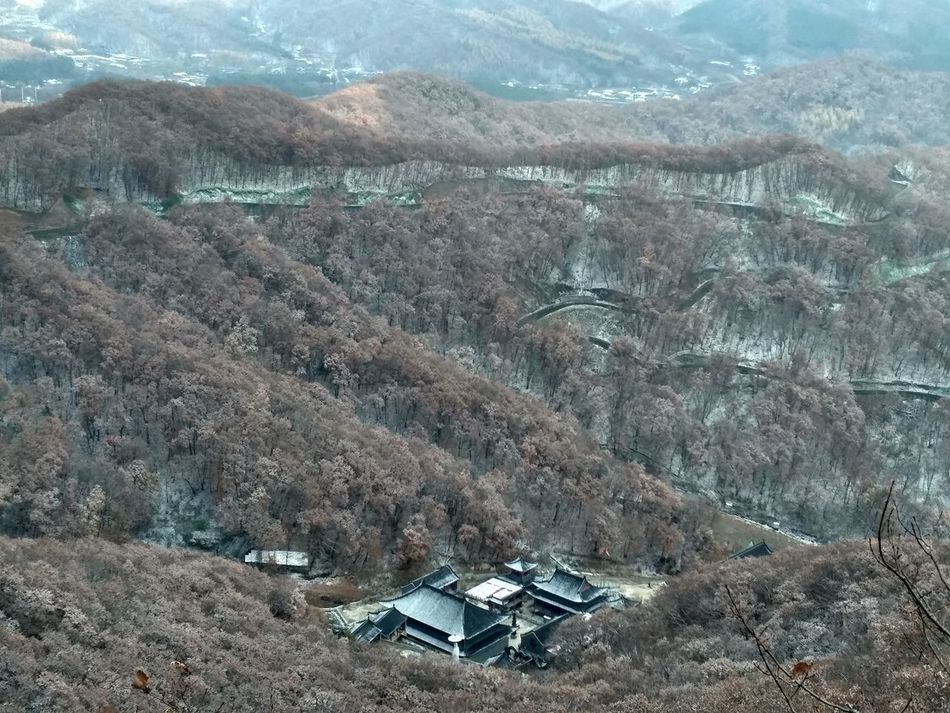chu xue shan (chu xue mountain) jilin province Beauty In Nature Building Exterior Built Structure China Cold Day EyeEmNewHere Hiking Mountain Mountain Range Nature Outdoors Sky Tranquil Scene Tree The Secret Spaces The Secret Spaces
