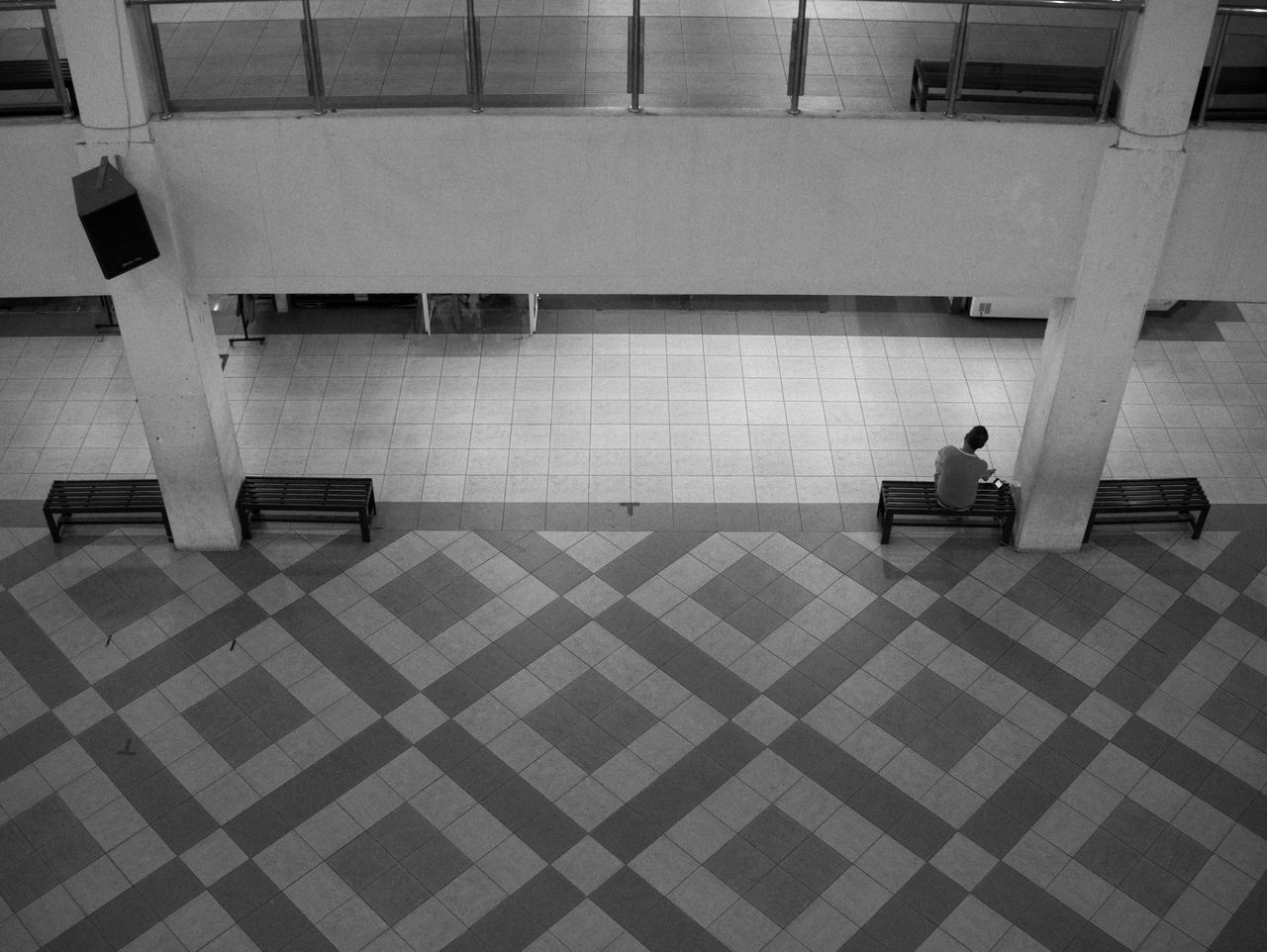 Asymmetry Black And White Photography Blackandwhite Flooring Geometric Shape High Angle View Indoors  Man And Music Men Person Seat Street Photography Streetphotography