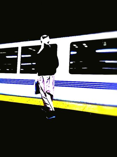 Taking Photos Subway Public Transportation Commuting End Some Begin Some Romantic Vs. Realistic Don't Jump Train No Exit No Exitⁿ