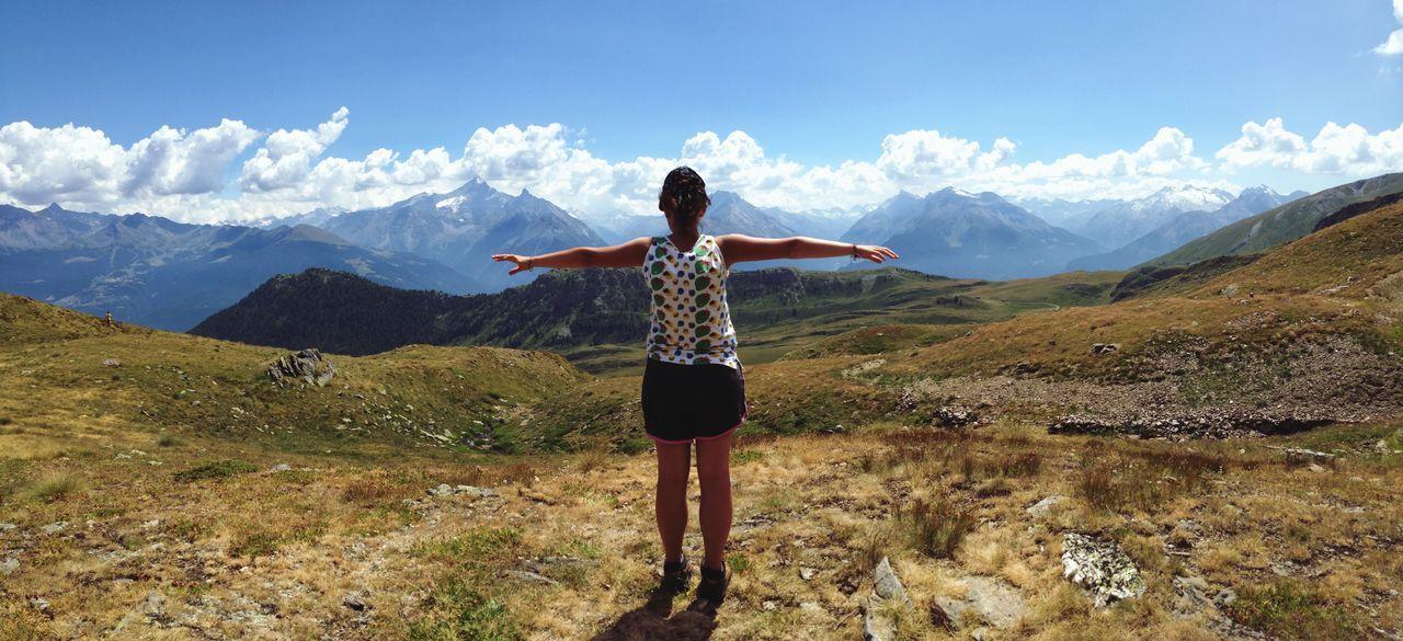 Se non scali la montagna, non ti potrai mai godere il paesaggio. Pablo Neruda Pablo Neruda Capturing Freedom Libertá Montagna Free Mountains And Sky First Eyeem Photo Sky And Clouds Nature Is Freedom