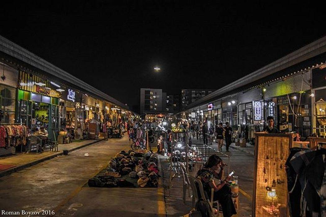 Traveling Travel Bangkok Thailand Weekend Relaxingtime Relaxing Market Nightphtography Night Nightout Nightlife Checkitout