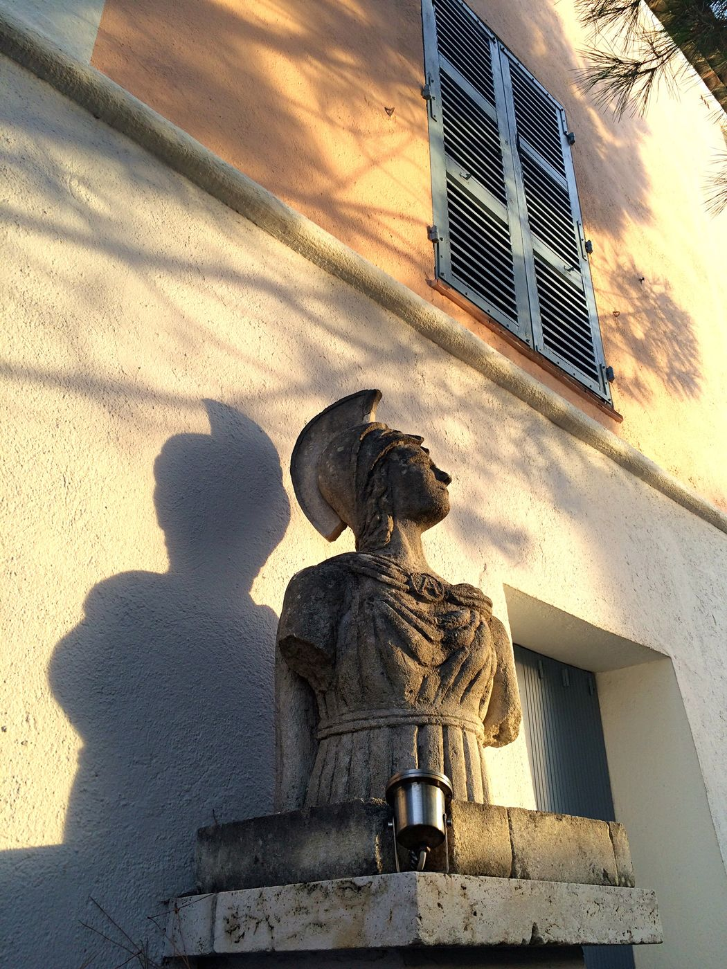 Statue Shadow Wall Human Representation Architecture Sculpture Built Structure Building Exterior Art Window Façade Pedestal Orange Color End Of The Day End Of Summer Warrior Port Grimaud South Of France Portgrimaud The City Light
