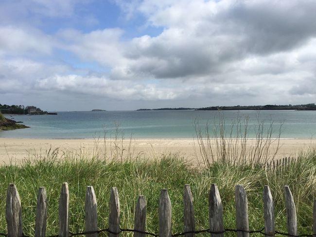 Et la si c'est pas tranquille dans personne la plage tout que pour moi .... Bretagne France Vacances Plage