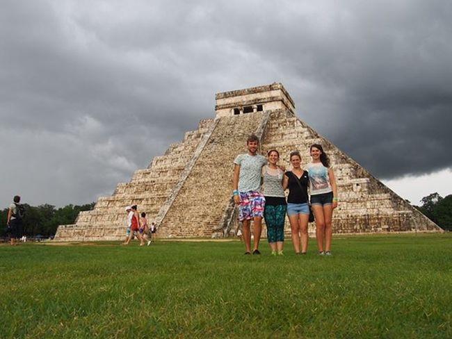 Chichen Itza temple with @contikimia @elissa.mercer @lauren_e_venables great places with even better people ------------------------------------- Chichenitza Temple Maya Mayan Chichenitzamexico Chichenitzaruins Mexico Historical History Friends Friendship Travelwithfriends Greatfriends  Exploremexico Wanderlust Travelgram Travel Instatravel Instamexico Waderlustcontest Olympus Clouds Cloudscape Cloudporn Thunder