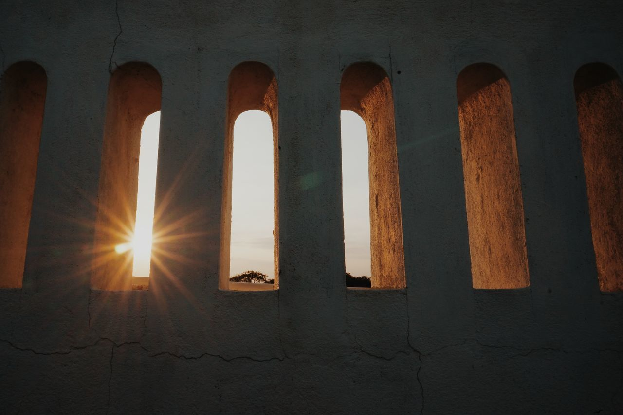 Built Structure Architecture Sunlight Low Angle View No People Indoors  Day Close-up Minimalist Architecture