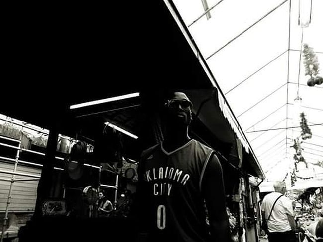 Streetphotography B&w Street Photography EyeEn Porto Capture The Moment First Eyeem Photo Blackandwhite Photography Monochrome Thestreetphotographer Street Photography Blackandwhite EyeEm Porto B&w Photography Eyem Best Shots Fujifilm