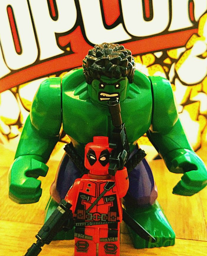 Close-up Deadpool Hulk Comic Marvel Legophotography Lego Minifigures LEGO Marvel Comics Superhero Superheros Marvelcomics Fan Multi Colored Marvel Comics' Superheroes Lieblingsteil EyeEm Diversity