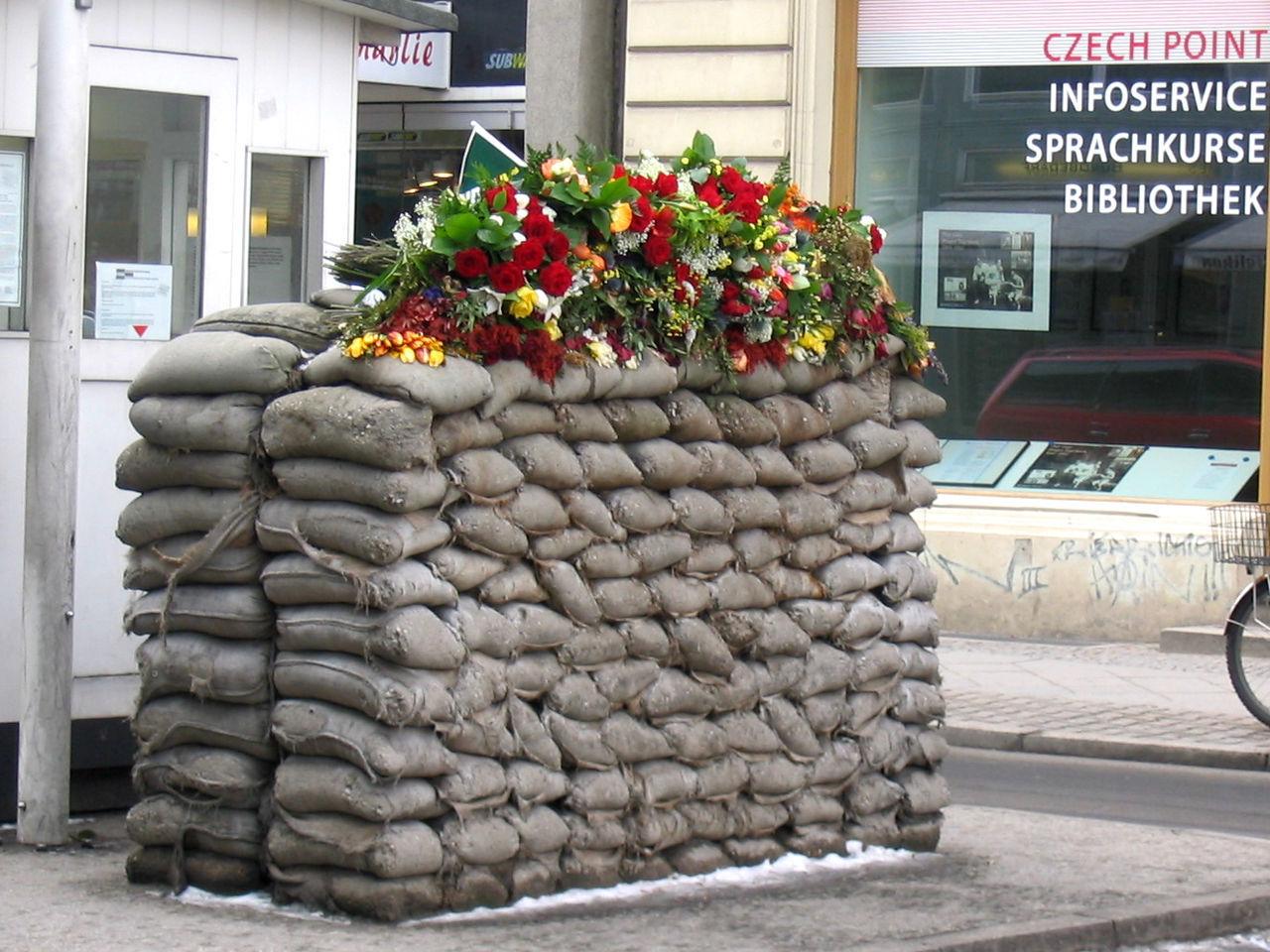 Berlin Berlin Mitte Berlin Wall Berliner Mauer Checkpointcharlie Don't Forget Flowers History Showcase: November