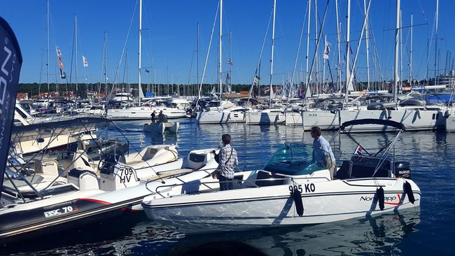 Cityscape Catamaran Sunny Water Outdoors Yacht Sailing Ship Idyllic Transportation Nautical Vessel Sailboat Mode Of Transport Large Group Of Objects In A Row Tranquility Reflection Sky Harbor Sea