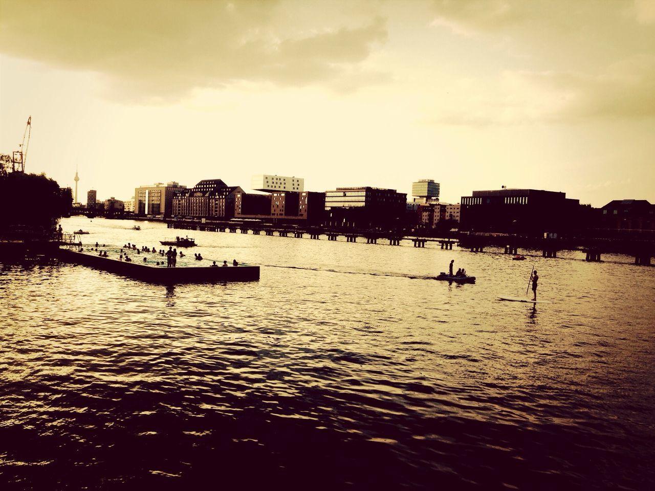 Sunset Silhouettes Berlin Biteclub