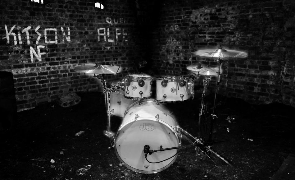drums Drumkit Music Drum Kit Drum - Percussion Instrument Bricks Abandoned Places Abandoned Arts Culture And Entertainment Bnw Bnw_collection No People