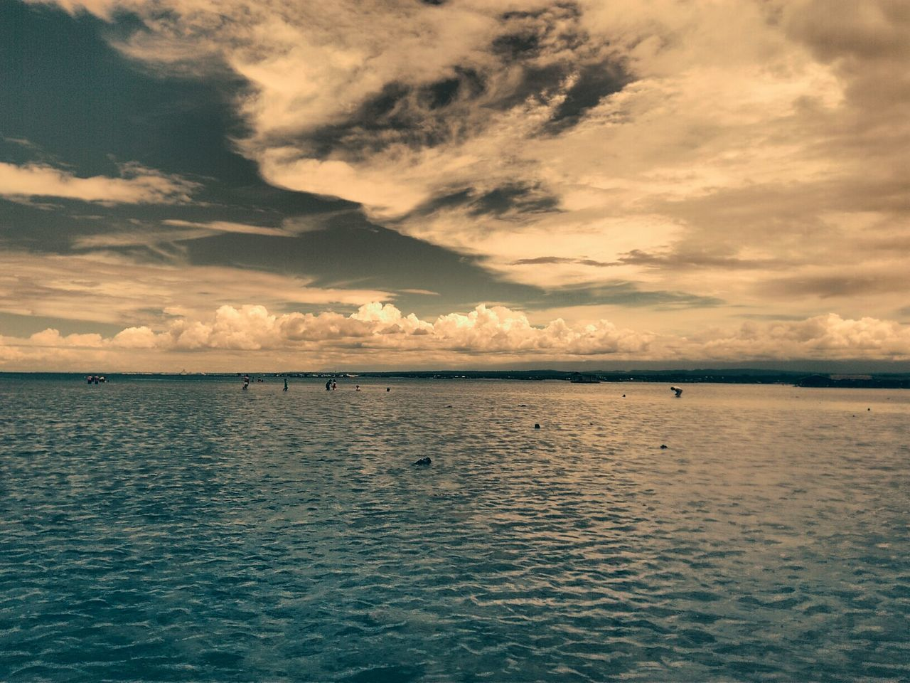 tranquility, sky, beauty in nature, scenics, tranquil scene, water, sunset, cloud - sky, nature, no people, sea, waterfront, reflection, idyllic, outdoors, rippled, day, horizon over water
