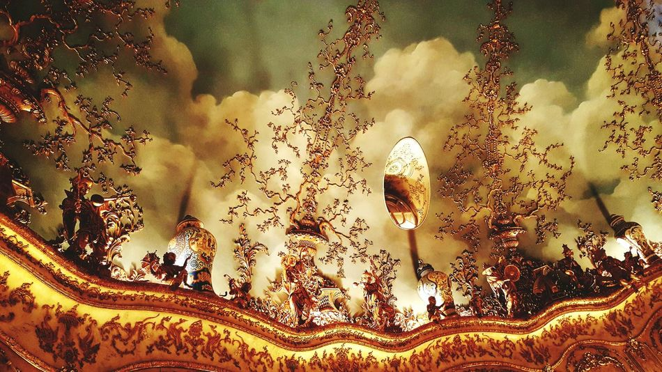 No People Full Frame Celebration Celing Architecture Luxury Posh Moscow Russia Turandot Restaurant Baroque Turandot Restaurant Moscow Baroque Style Golden Gold Colored Beautiful Ceilings Luxury Lifestyle Chinese Figurine Ceiling Posh Restaurant Rococo Rococostyle Elégance Rococò Style