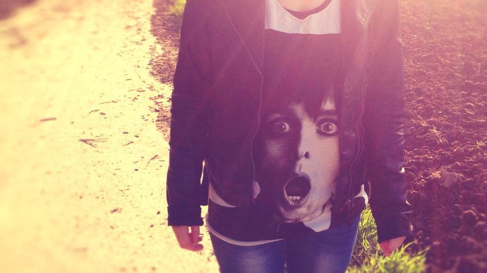 ? Portrait Photography Taking Photos Shirt Greenday Billiejoearmstrong BillieJoe  Light Light And Shadow Girl