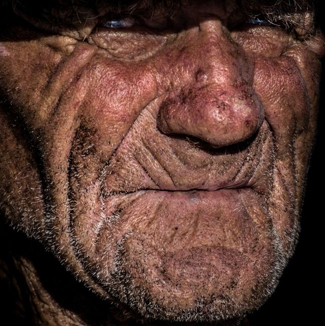 Anonymous portrait... Wrinkled Part Of Men RePicture Ageing The Human Condition Street Portrait Person Human Skin Human Face Mature Men Portrait Looking At Camera Streetphotography Mature Adult EyeEm Best Shots