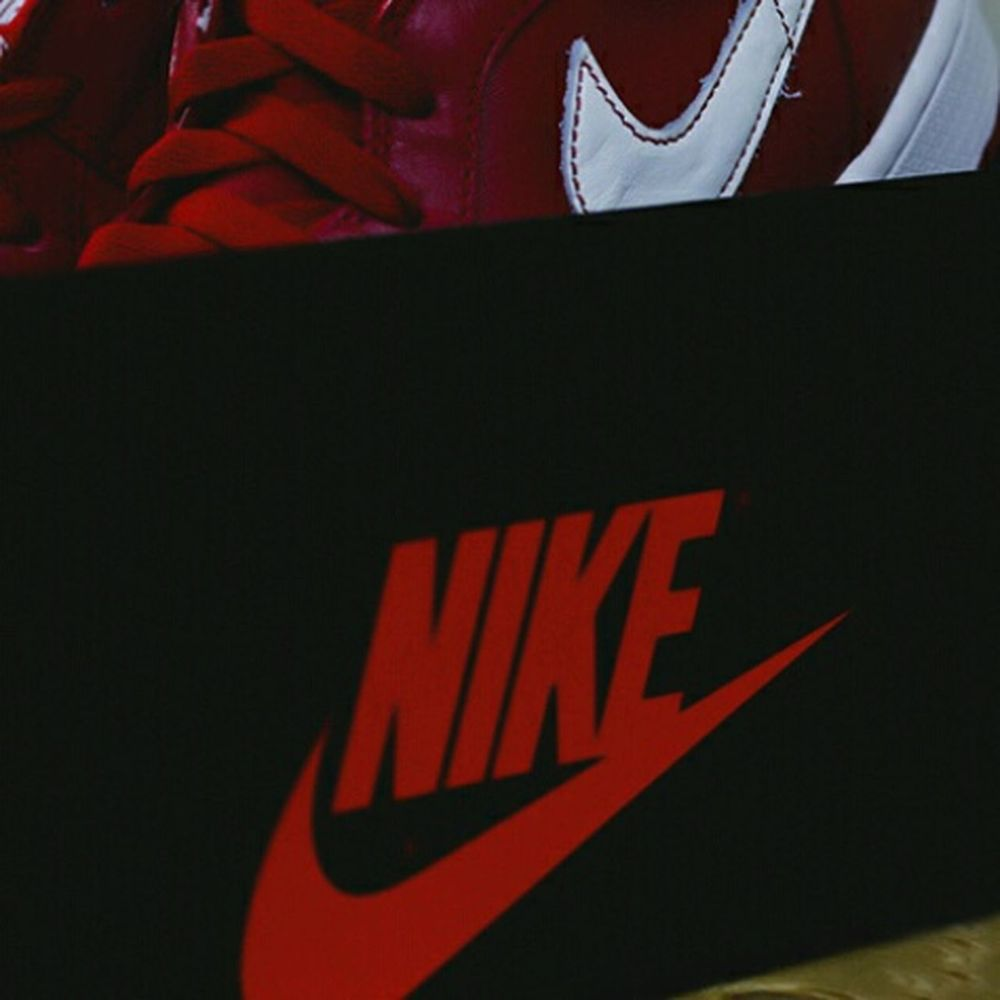 Nike ✔ Window Shopping Bahrain Enjoying Life Gifts Shopping