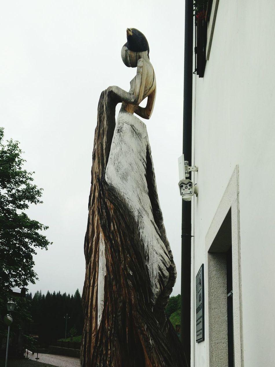 Wood sculpture Princess Of The Woods Sauris