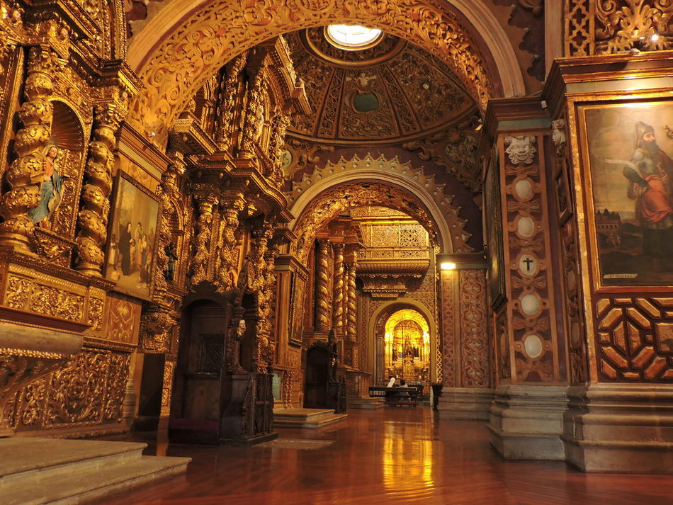 Centro Historico Architecture Quito Ecuador Church Day Quito City Photography Religion History Travel Destinations Iglesia Católica  Beautiful ♥ Hi! No People Relaxing Architecture And Art Tourism Architecture Built Structure