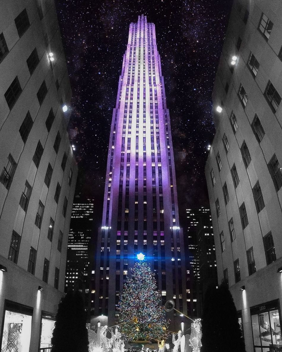 Christmas 2015 Christmas2015 Christmas Tree Christmastime Christmastree Rockerfeller Rockerfellercenter Streetphotography Street Photography NYC Photography NYC My View Galaxy Space New York City The Places I've Been Today The Best Of New York Enjoying Life Places I've Been Enjoying The View Newyork Myview Capture The Moment Taking Photo Night Photography