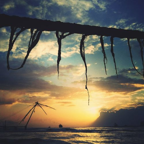 Fortkochibeach Sunset_collection Hanging Out Goodvibes✌️ Breezeevening Kochidiaries Feelingalone Fortkochi