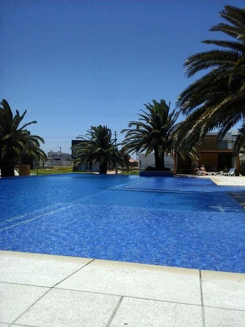 Condomínio Las Palmas. Relax na piscina, fim de semana perfeito. Sem Filtro. Relaxing