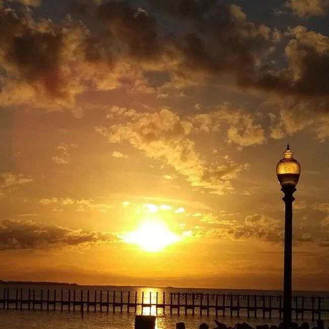 Beautiful Sunset tonight at Navarre LoveFl Emeraldcoast Emeraldcoasting Chrismascelebration Lgfanview LGG4 Lazerfocus @lggulf @lgusamobile @lgus @lgmobileglobal @LGUSAMobile @sharealittlesunshine @pureflorida MerryChristmas
