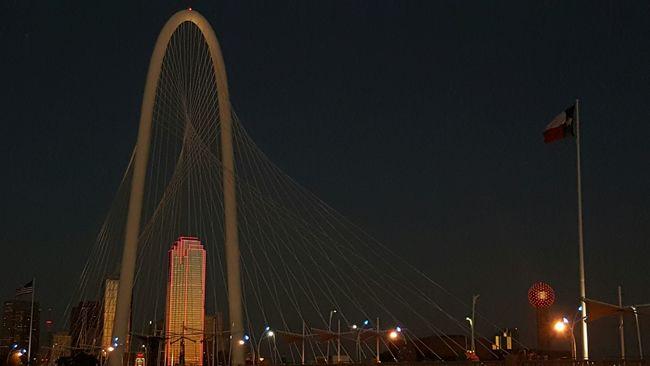 Galaxynote5 Nosnapseed Nophotoshop Nofilter Sunset Dallasskyline Skyline Dallas Tx Margrethunthillbridge