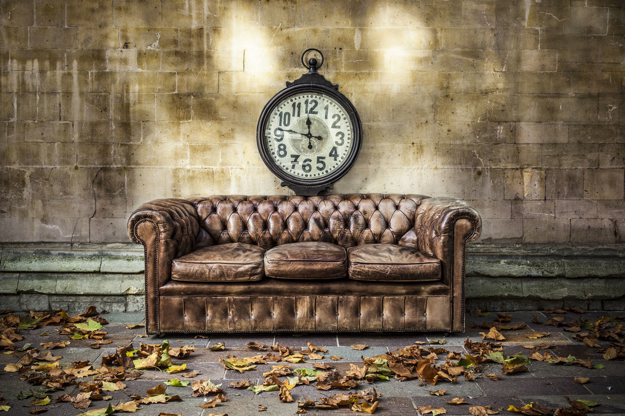 Beautiful stock photos of clock, Absence, Architecture, Autumn, Building Exterior