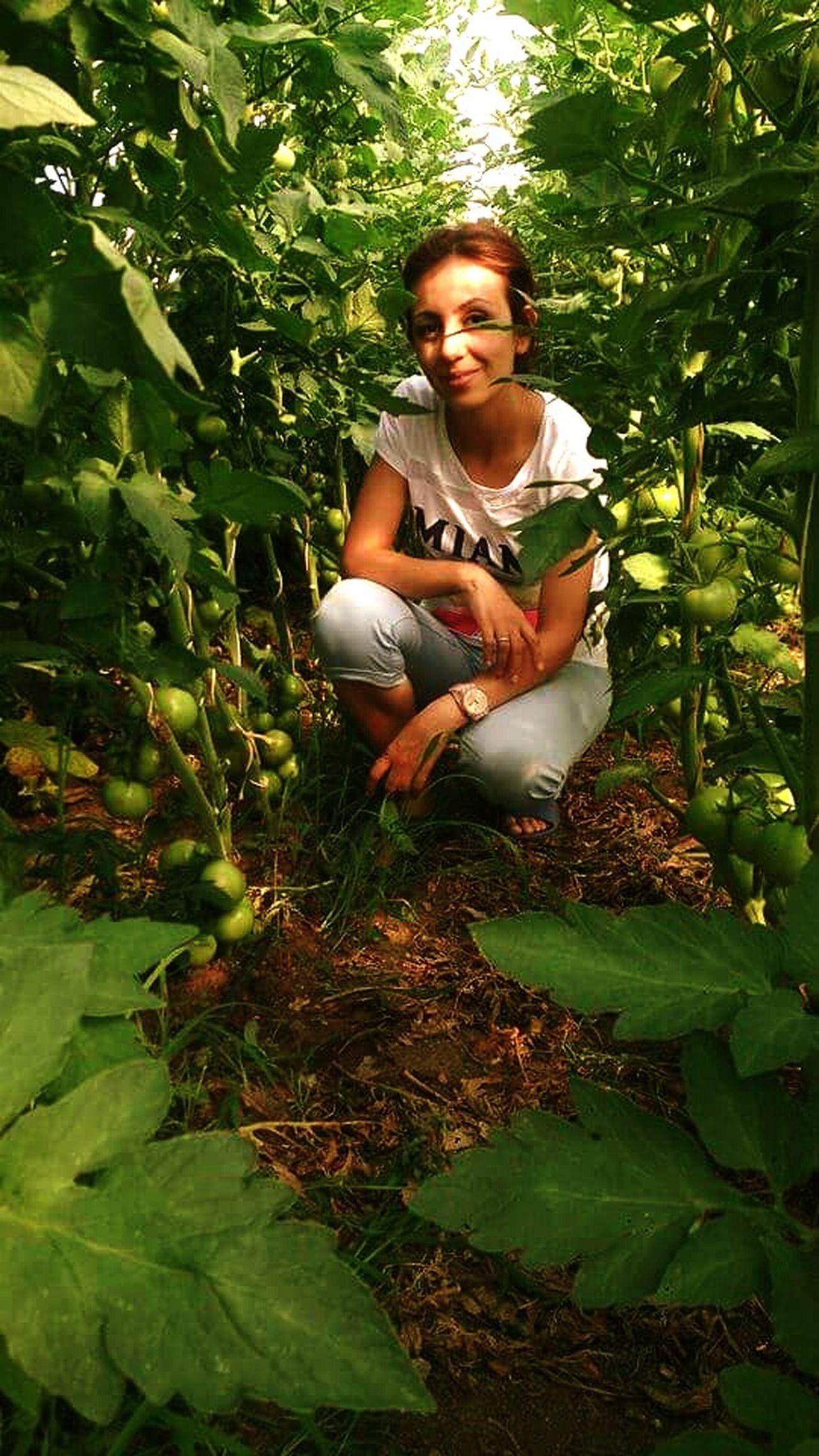 Dalından sebze toplamak çok baska mis gbi toprak kokusu çek çek içine doyamazsin 😃