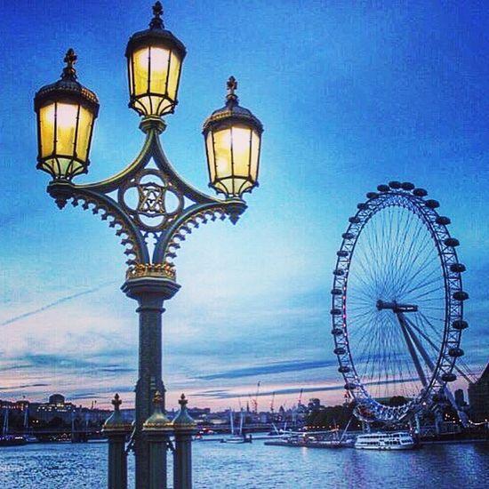 Throwback London LondonEye Wanderlust Traveling Hello World Travel Photography Travel EyeEm Best Shots Cityscapes