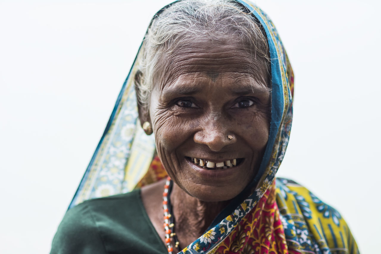 A devotee at Nashik Kumbhmela 2015 Beautiful Beautiful Nature Nosering Old Old But Awesome Saree Smile Woman Showcase: December The Portraitist - 2016 EyeEm Awards