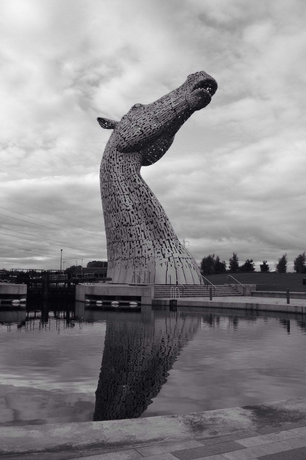 Sky Reflection Cloud - Sky Water Outdoors Sculpture Statue Nature Day Architecture Kelpie Kelpies Of Falkirk Blackandwhite Photography