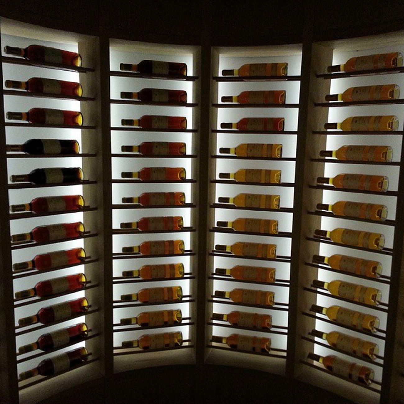 La mayor Coleccion del Mundo de Château d'Yquem Estå en Restaurante @atrio de Cáceres . La botella más antigua del 1808