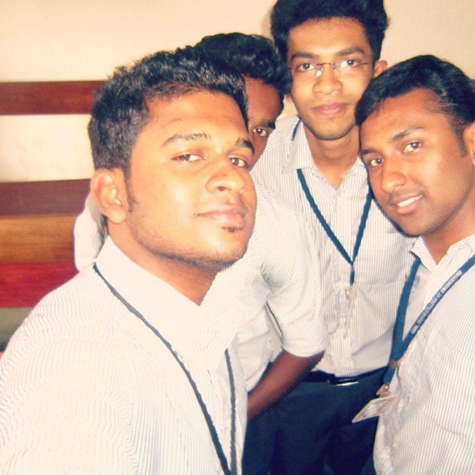 Selfi Amaljyothi
