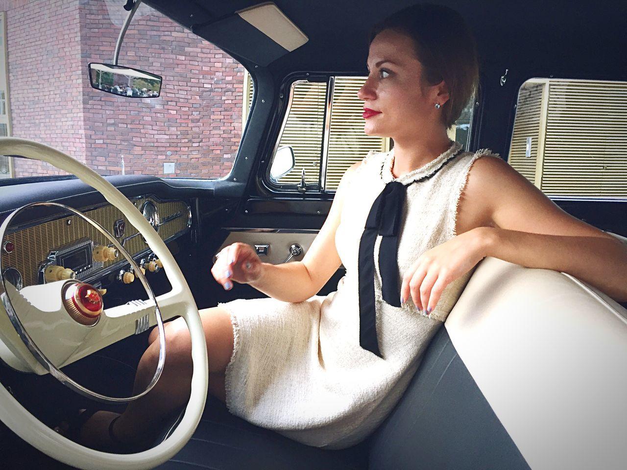 Fashion&love&beauty Fashion Photography Dress Luxury Luxurylifestyle  Oldtimer Style Stylish Sixties Model Russian Girl Russian Beautiful Beauty Faces Of EyeEm Women Of EyeEm Hi! Hello World Elégance cGirl rWoman aWomen Who Inspire You ou
