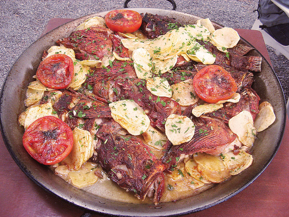 Close-up Eivissa Elevated View Fish Paella Food Freshness Ibiza Meat No People Paella Ready-to-eat S Served Serving Size