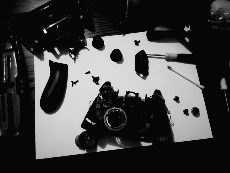 No People Repairing Technical Technology Close-up White Background Indoors  High Angle View Break The Mold Best EyeEm Shot Fresh on Market 2017 3XPSUnity Xbox Controller Xbox One Xbox One Controller