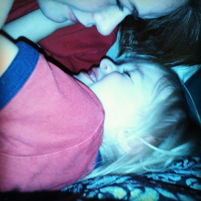 Are we just the cutest? Mommysheart Nighttime Bed Mommyandson Teenmama Moments Mylife Cannotaskformore Play Son Teen MYeverything Myson Mybug Aiden