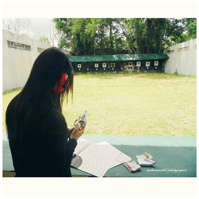 Latepost … … Me at Lapangantembak Mapolda kalimantantengah … … readyyyyy??? hehehe ~ molome