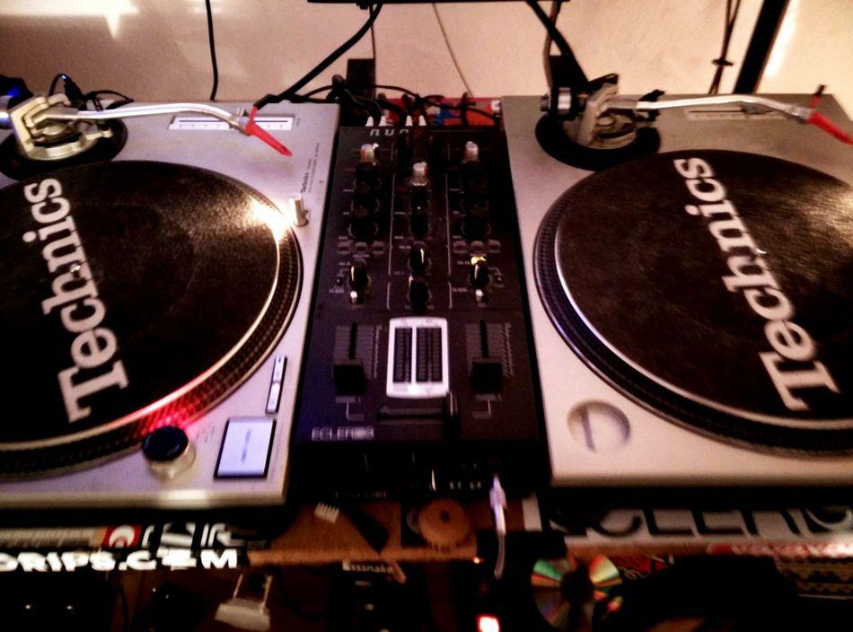 Technics Music Vibes Night