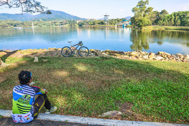 Metro Lake City Lake Cyclists In Landscape Lake Leisure Activity Lifestyles Non-urban Scene Take A Break The Great Outdoors - 2016 EyeEm Awards The Following