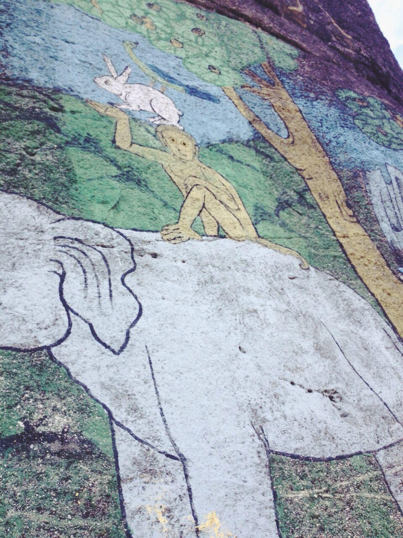 Painting on the rock :) Street Art