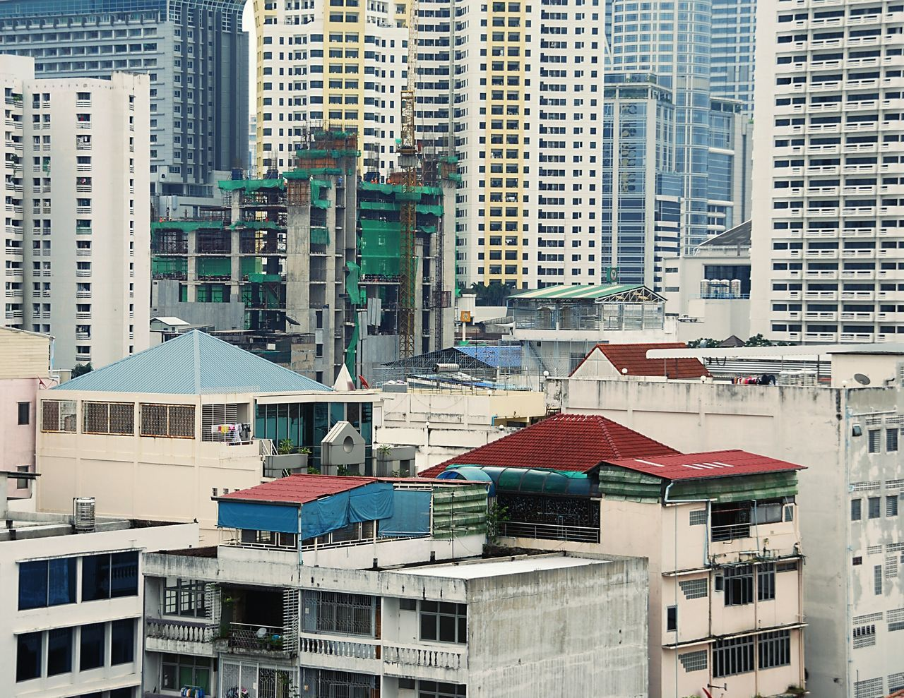 Bangkok Cityscape Architecture At Work Rome Wasn't Built In A Day Modern Architecture Urban Geometry Under Construction... My Eyes For Architecture Wrinkles Of The City  Construction City View  Windows Changing The World Urban Exploration How Do We Build The World? GetYourGuide Cityscapes City Flyfish Album Travel EyeEm Best Shots Urban Lifestyle NEM Architecture The Architect - 2016 EyeEm Awards