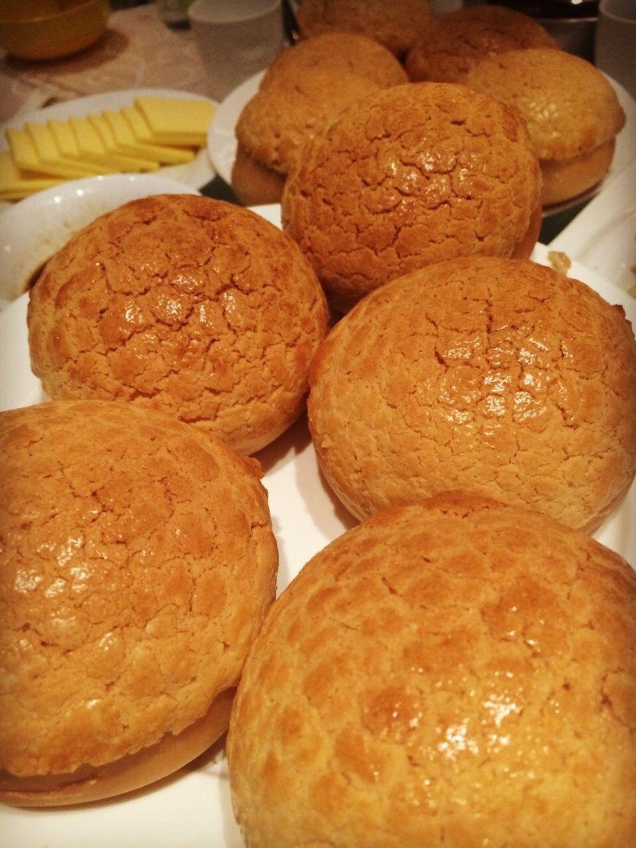 Delicious ♡ Today's Hot Look 菠萝包 Pineapple Bun Delicious Dessert Desserts Dessert Porn Snack Sweets