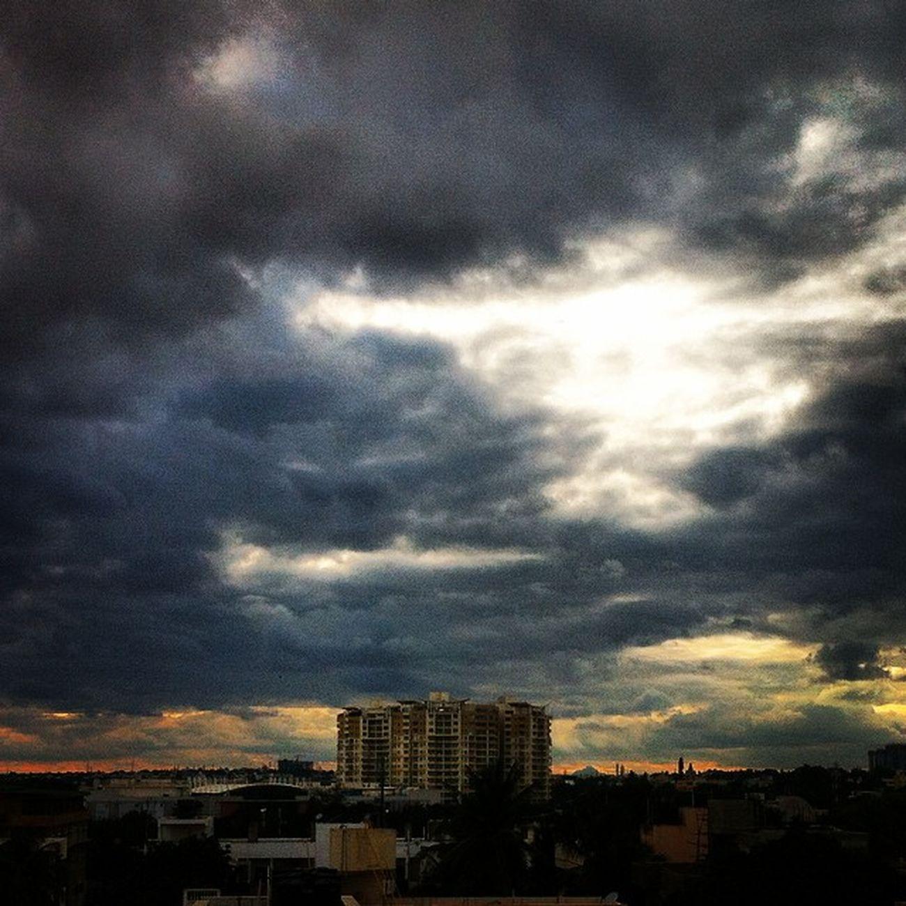 Mantrisquare Bangalore Bangaluru Evening Sunset Ssunshot Sheshadripuram Instaevening Instabangalore Instaphotography Clouds Hostel Outview Namma_karnataka Nammakarnatakamemes Sun IPhone Karnataka India Iphone4 VSCO Vscocam Random Click Share :)