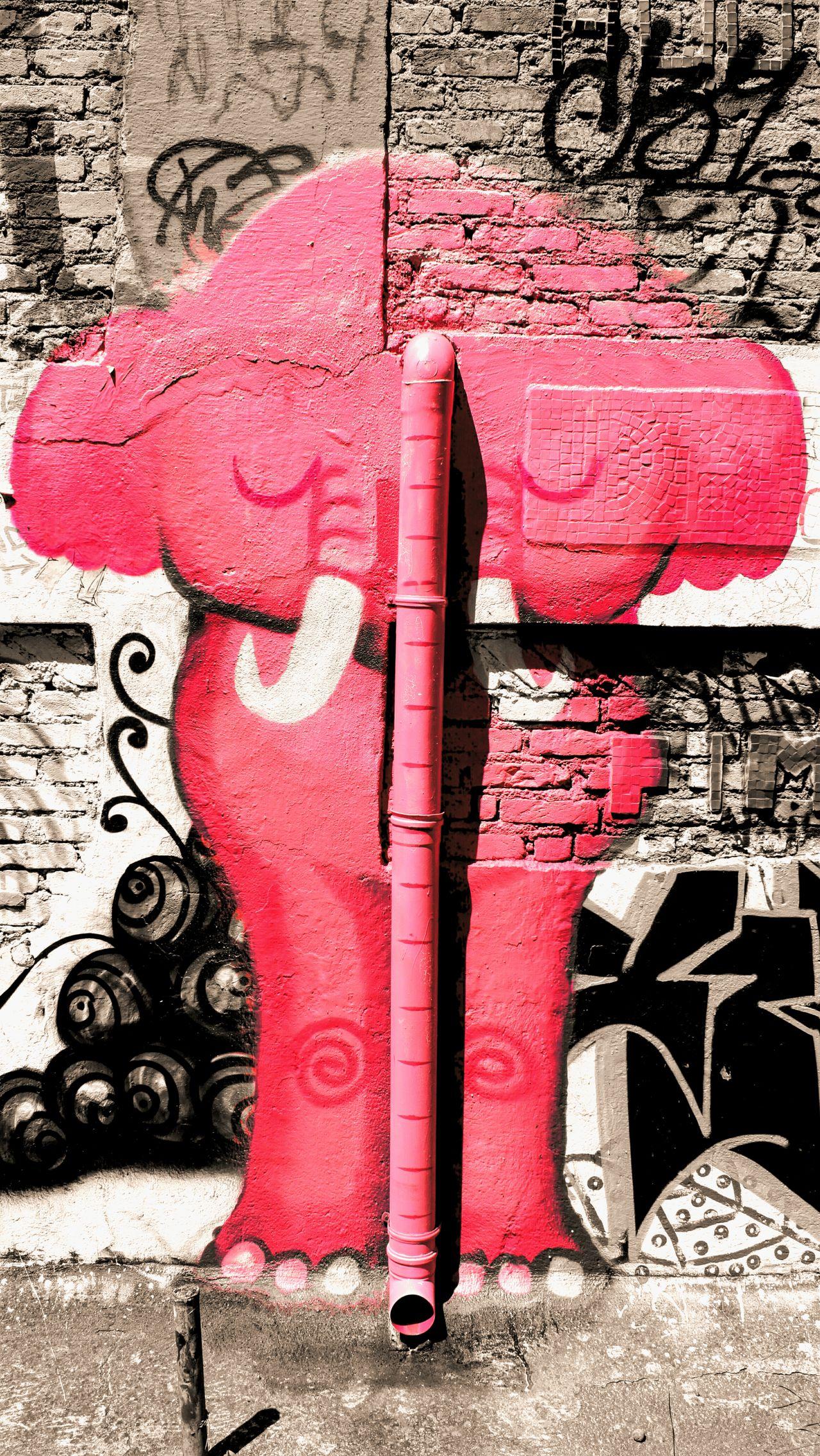 DPassos Street Art Urbanphotography Urban Geometry Popular Art Becodobatman