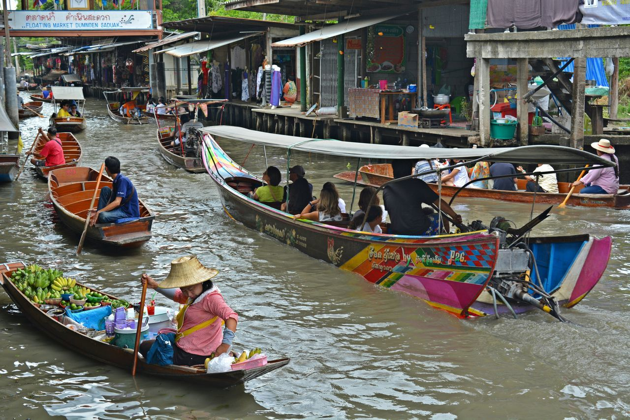 Thailand Floating Market Floating Market Dumnoen Saduak Marketplace Across The River Thailand_allshots Summer Views Travel Photography Traveling
